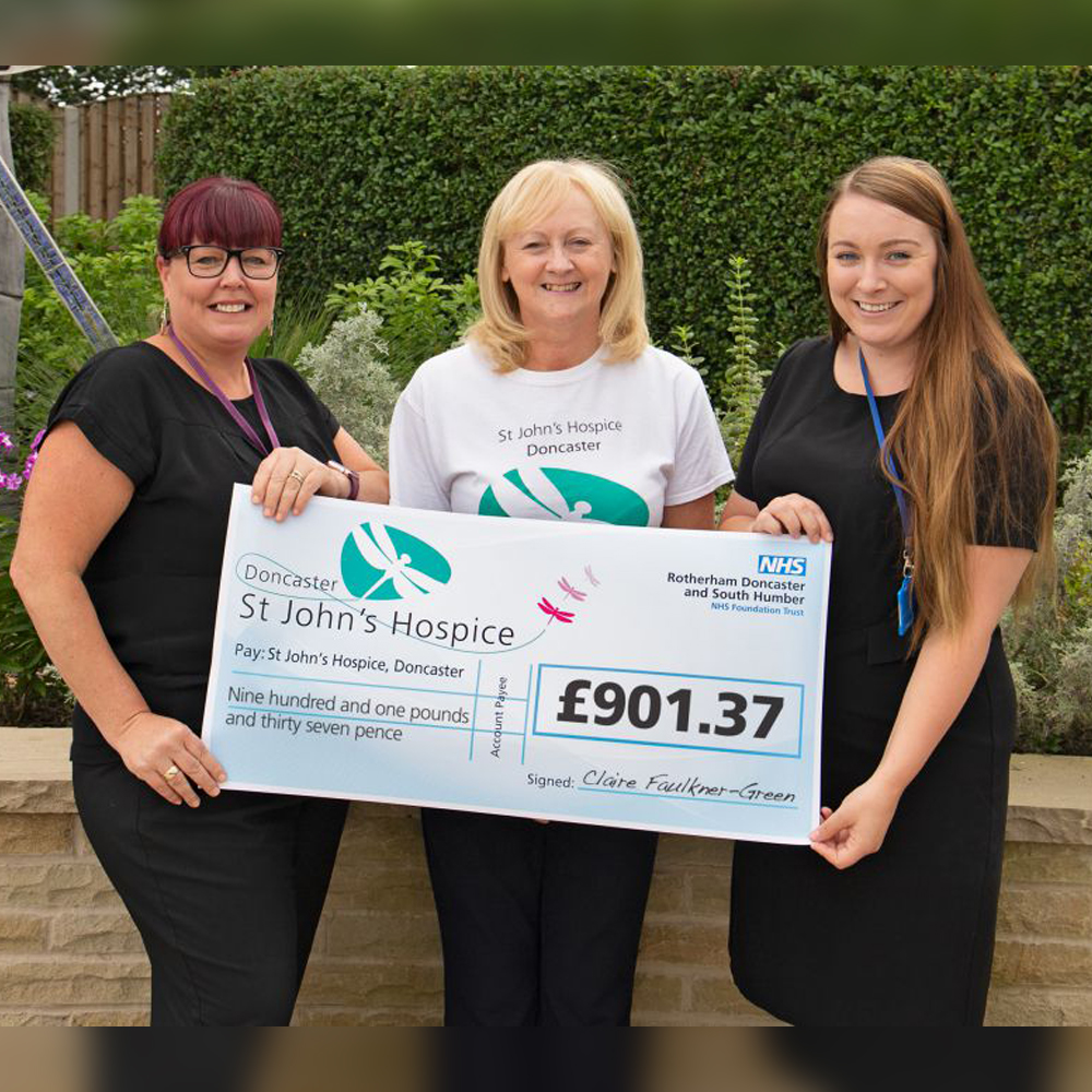 Claire Faulkner Green raised over £900 in her charity swim